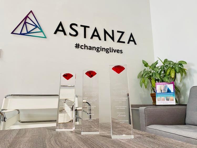 Aesthetic Everything Awards Astanza